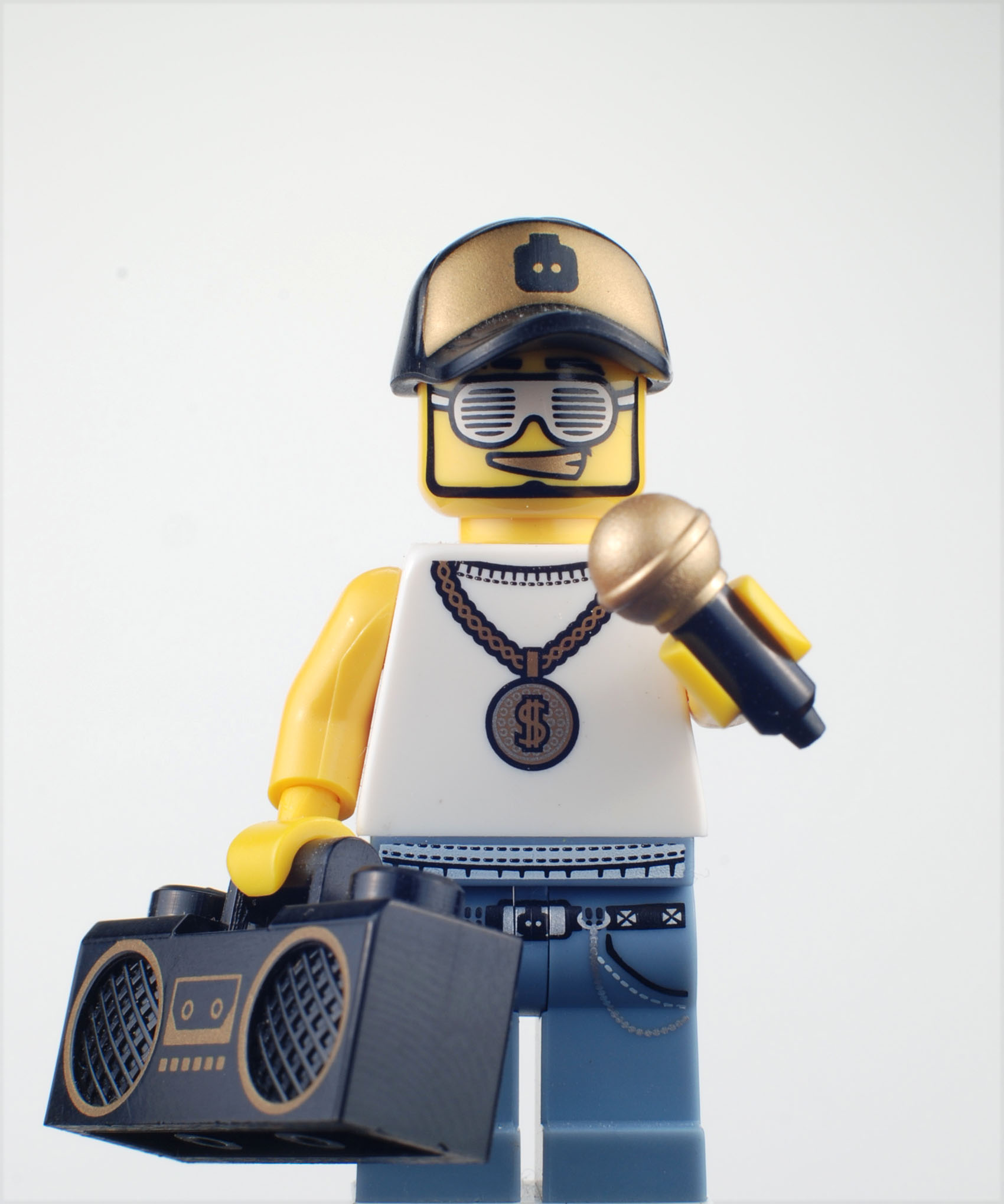 Photographs of 2011 Minifigures